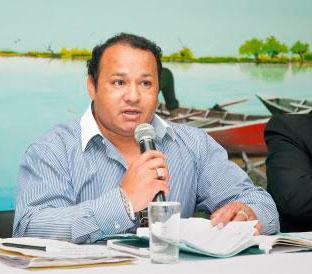 Cro Adrian E. Ferreyra electo por el periodo 2015-2019 Secretario de Cooperativas y Viviendas de la FAECYS